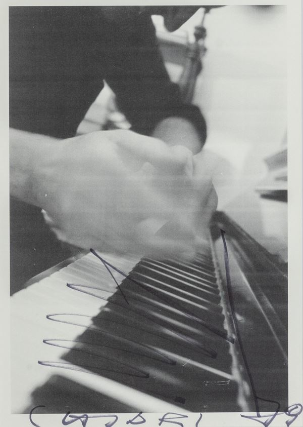 Giuseppe Chiari - Gesti sul piano